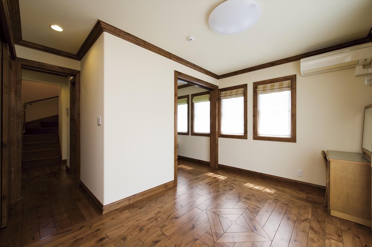 白いレンガの外壁が特徴的な家(世田谷区N様邸)
