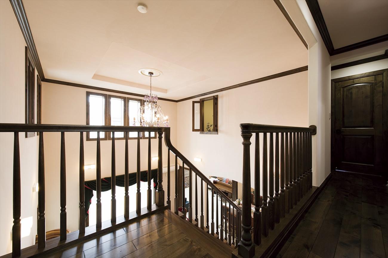 アットホームな雰囲気と高級感を併せ持つレンガの家(武蔵野市M様邸)