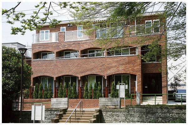 三階建て賃貸併用のお住い