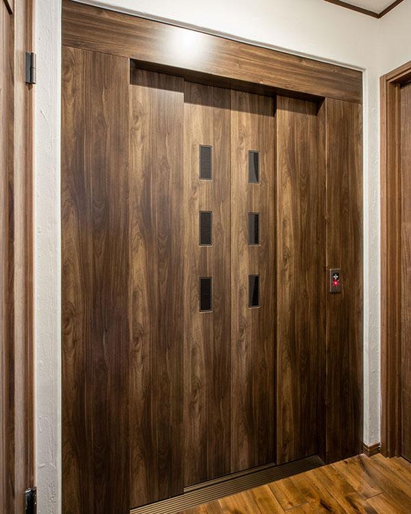 1畳タイプのホームエレベーター