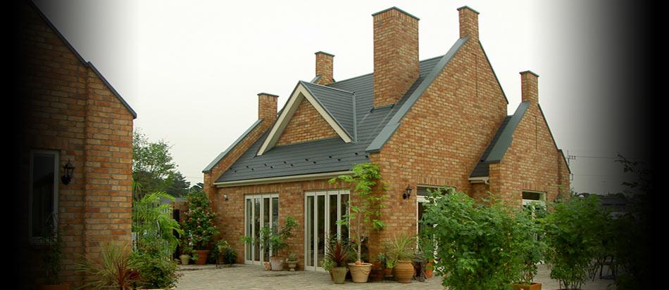 ケンブリックはレンガの家にこだわり、本物のレンガをひとつひとつ積み上げたレンガ積みの家をご提案しています。